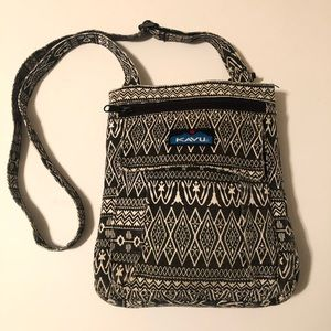 EUC KAVU Crossbody Shoulder Purse Bag